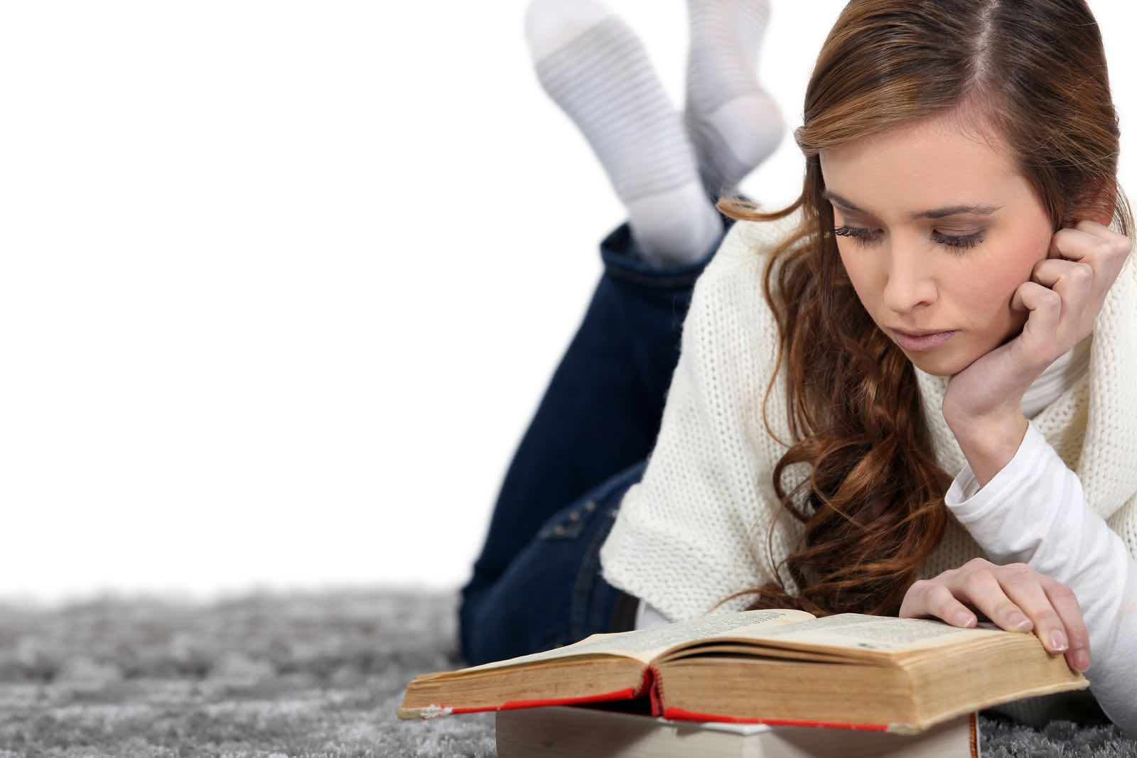 Jente som leser